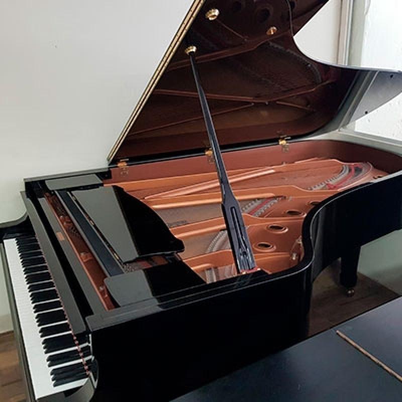 Locação de Piano Cauda Longa Roosevelt (CBTU) - Piano Cauda Inteira
