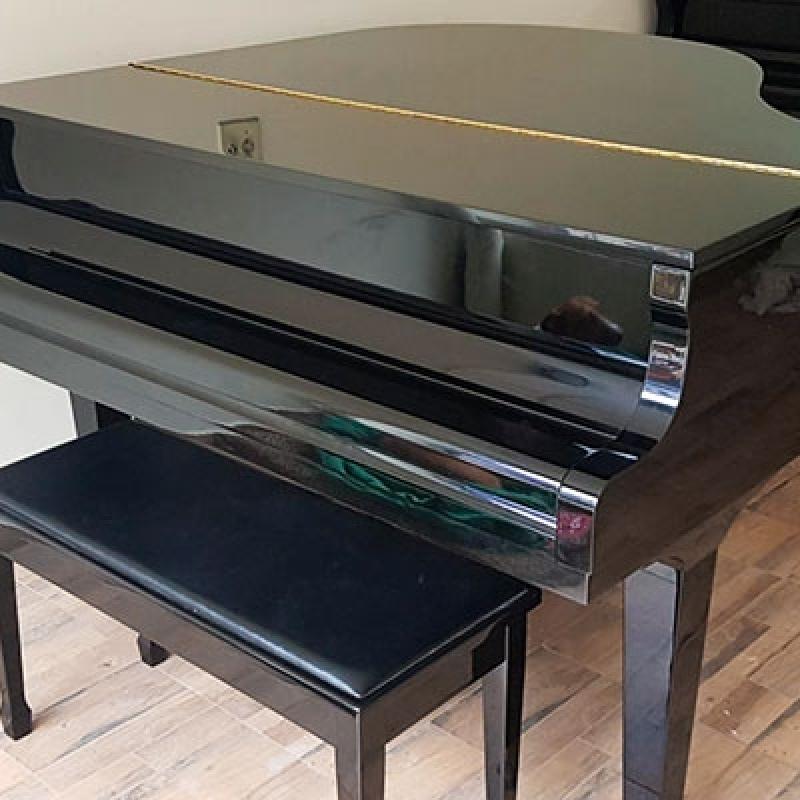 Onde Vende Piano de Cauda Pequeno Luz - Piano Branco de Cauda