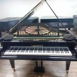 piano acústico antigo de cauda