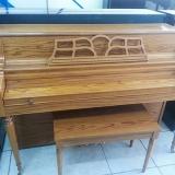piano de madeira acústico Santana de Parnaíba